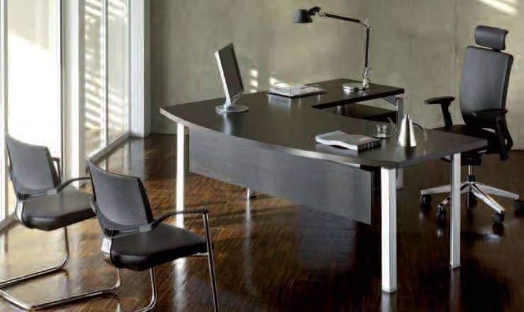 Aménagement de bureau de direction (chaises, bureau...)