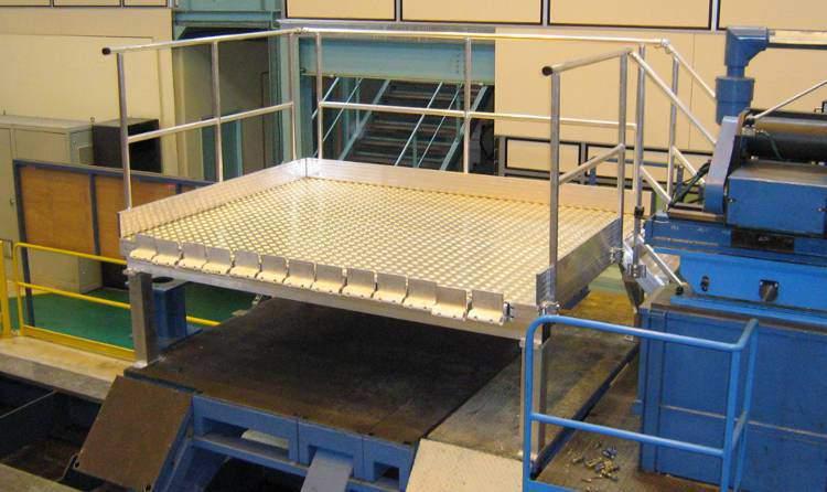 Plateforme d'accès sur mesure pour machine de production en Alsace